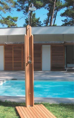 Duchas exteriores para piscinas trendy instalar ducha for Ducha exterior piscina